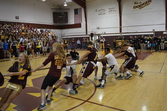 Class of 2016 in last year's Tug of War